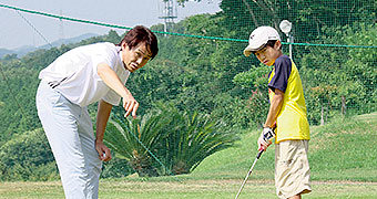 ジュニアゴルフスクール生徒募集中!